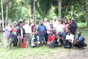 Unsere Reisegruppe gemeinsam mit dem Partnerschaftskomitee aus Wantoat