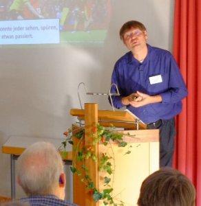 Dr. Wolfgang Simon