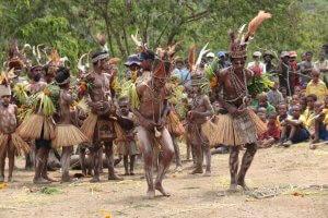 Keine Begrüßung einer Gruppe ohne das traditionelle Singsing